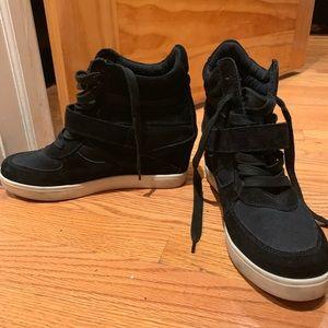 Steve Madden black high tip wedge heel sneakers